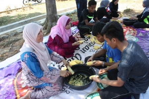 PROGRAM MASAKAN BUBUR JAGUNG